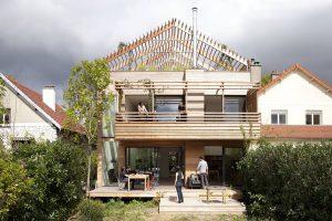Patvarios stogo konstrukcijos